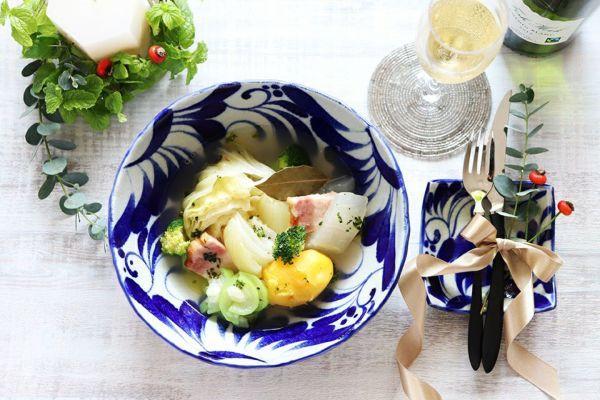 テーブルに華やぎを 野菜たっぷりポトフ日和
